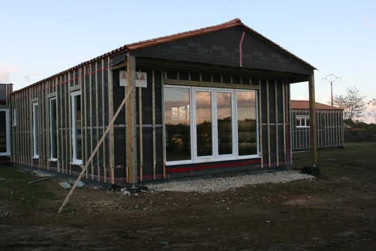 Chantier maison bois, construction bois, agrandissement en ossatures bois  O