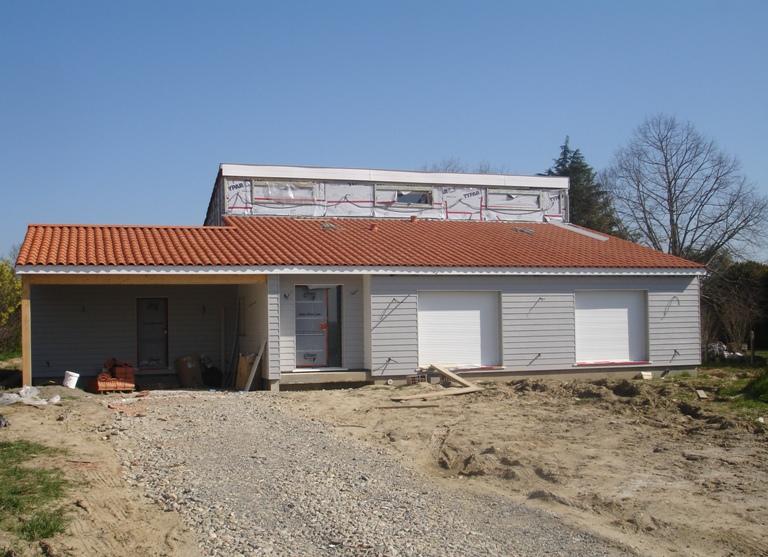 Chantier maison bois construction bois agrandissement en for Constructeur de maison en bois dans le 31