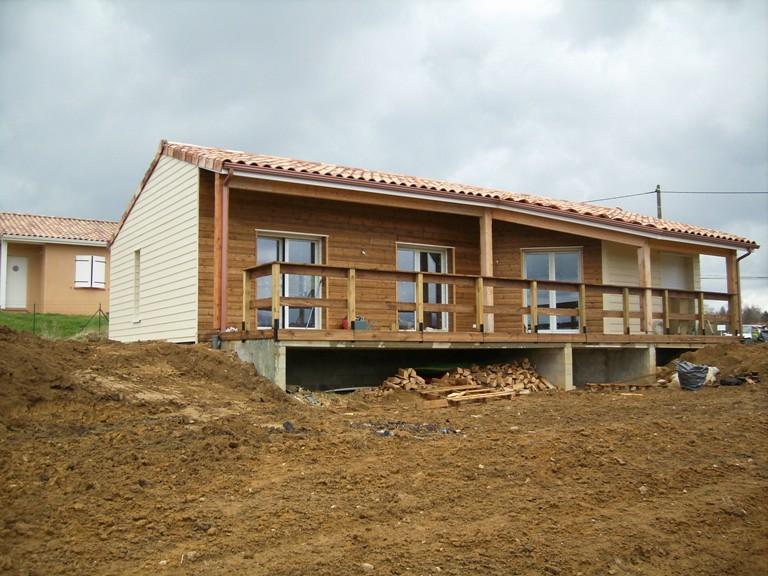 maison bois midi pyrenees,maison ossature bois midi pyrenees,bardage bois,bardage fibre de ciment,bardage mixte